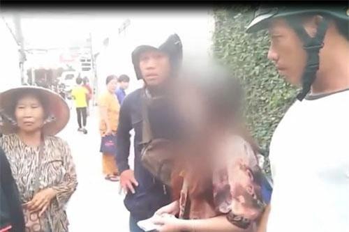 Bình Dương: Bắt nữ quái làm giả vé số để lừa người già