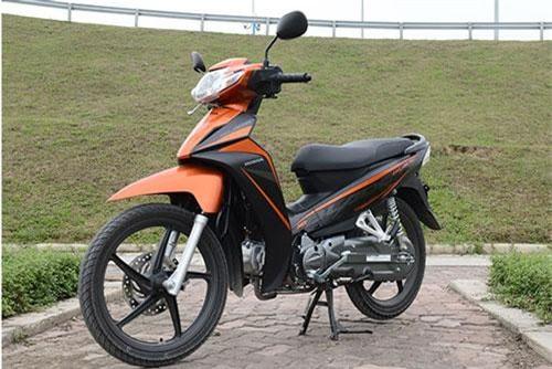 Cận cảnh Honda Blade 110 2019 phiên bản đắt nhất ở Việt Nam