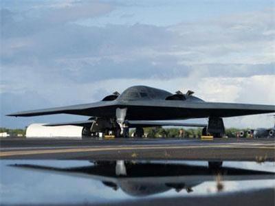 Quốc gia nào sở hữu top máy bay quân sự đắt đỏ nhất lịch sử?