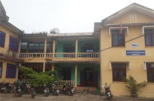 Quảng Trị: Hé lộ thông tin nữ sinh lớp 10 nhập viện cấp cứu, nghi bị xâm hại