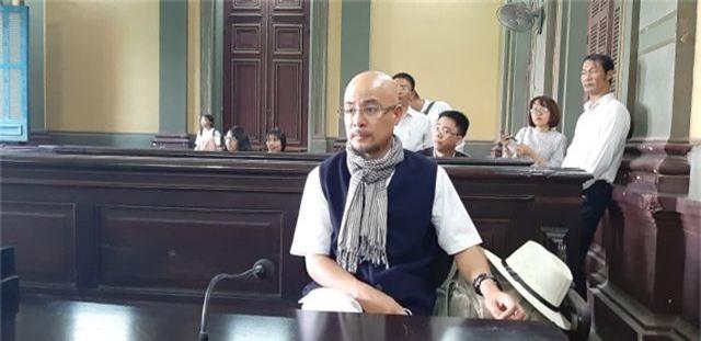 Đang tuyên án vụ ly hôn vợ chồng chủ cà phê Trung Nguyên - 1