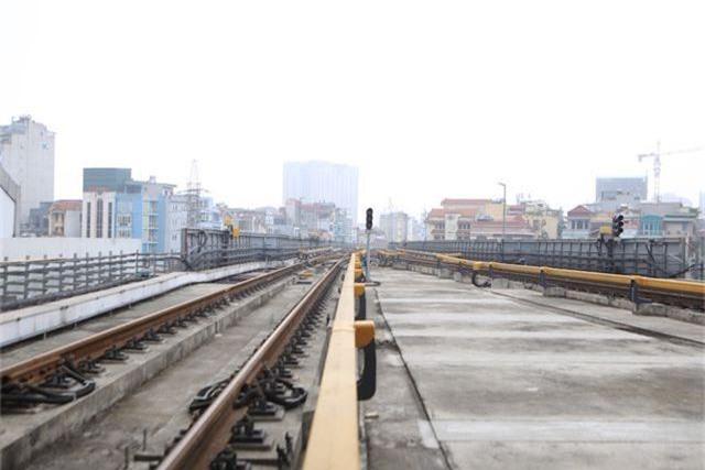 Nhà ga tàu điện Cát Linh - Hà Đông bóng loáng trước ngày vận hành - 10