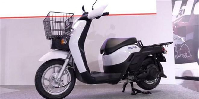 Honda Benly Electric.