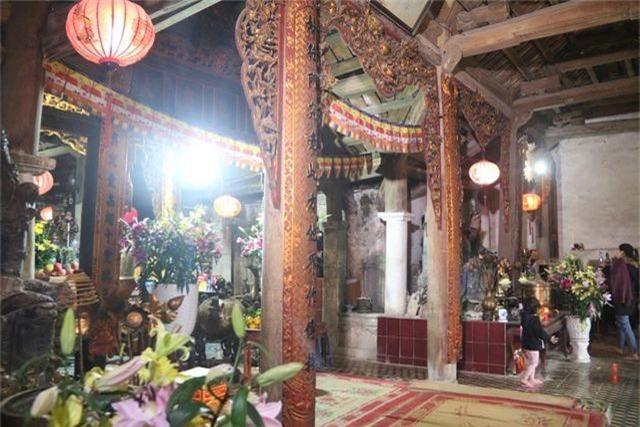 Cám cảnh ngôi chùa 300 tuổi dột nát, tượng nứt vỡ ở Hà Nội - 11