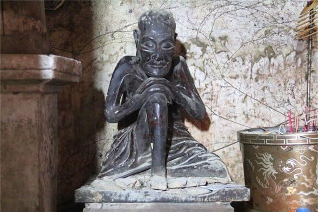 Cám cảnh ngôi chùa 300 tuổi dột nát, tượng nứt vỡ ở Hà Nội - 9