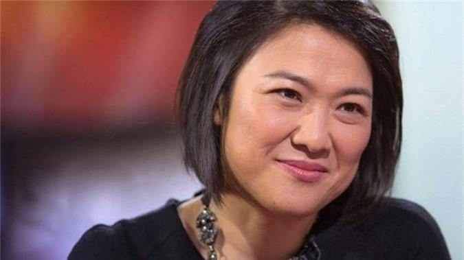 Yang Huiyan là nữ tỉ phú giàu nhất của châu Á và giới bất động sản thế giới. Bà đồng thời cũng là người trẻ nhất trong 10 tỉ phủ bất động sản giàu nhất hành tinh. Tài sản của tỉ phú 37 tuổi người Trung Quốc phần lớn đến từ 57% cổ phần của tập đoàn bất động sản Country Garden được cha bà, ông Yeung Kwok Keung trao lại năm 2007.