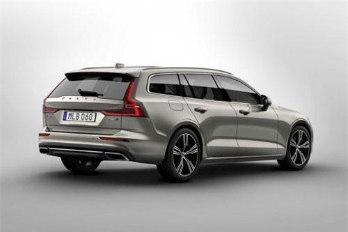 10. Volvo V90.