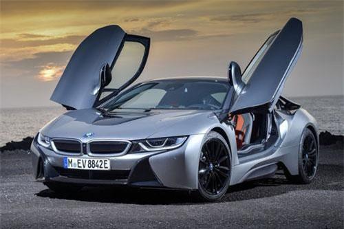 3. BMW i8.