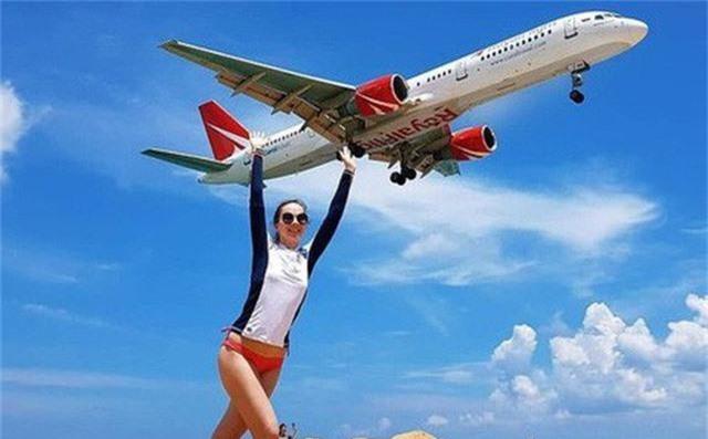 Thái Lan có thể tử hình du khách vì chụp ảnh gây mất an toàn hàng không - Ảnh 1.