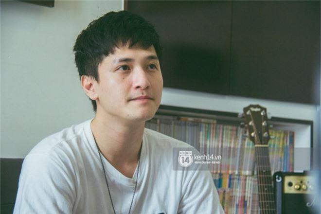 Clip độc quyền: Huỳnh Anh chính thức xin lỗi đoàn phim và khán giả sau ồn ào bị tố tự ý bỏ quay - Ảnh 2.