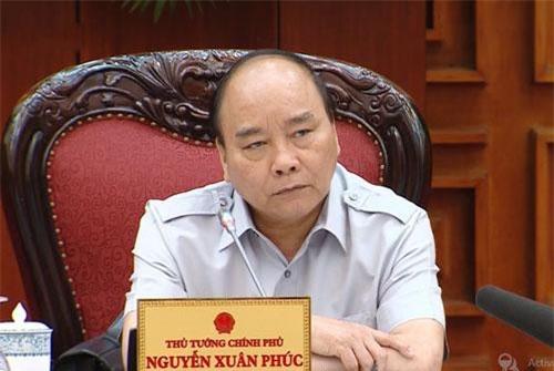 Thủ tướng Nguyễn Xuân Phúc phát biểu tại buổi họp.