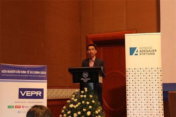 PGS.TS. Nguyễn Đức Thành, Viện trưởng Viện nghiên cứu Kinh tế và Chính sách phát biểu tại tọa đàm