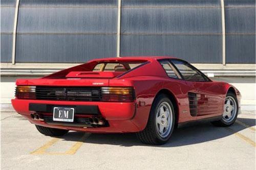 6. Ferrari Testarossa.