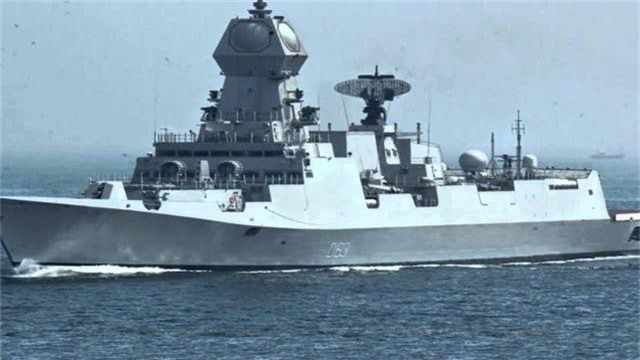 Hai tàu Hải quân Ấn Độ thăm cảng Cam Ranh - 1