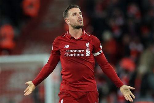 Tiền vệ trung tâm: Jordan Henderson (Liverpool).