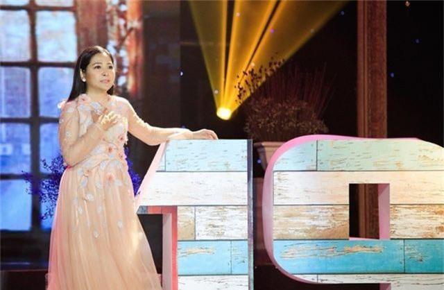 """Dàn sao Việt xúc động chia tay MC Quỳnh Hương tại """"Thay lời muốn nói"""" - 17"""