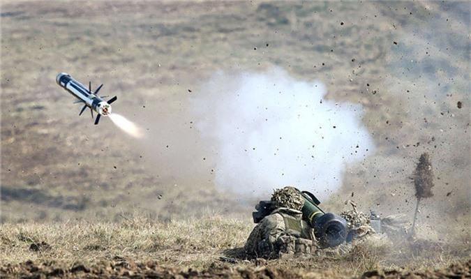 """My dung """"hang rao Javelin"""" quanh Nga: T-72, T-90 nguy to!-Hinh-3"""