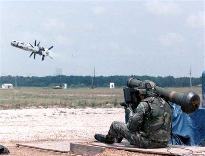 """My dung """"hang rao Javelin"""" quanh Nga: T-72, T-90 nguy to!-Hinh-7"""