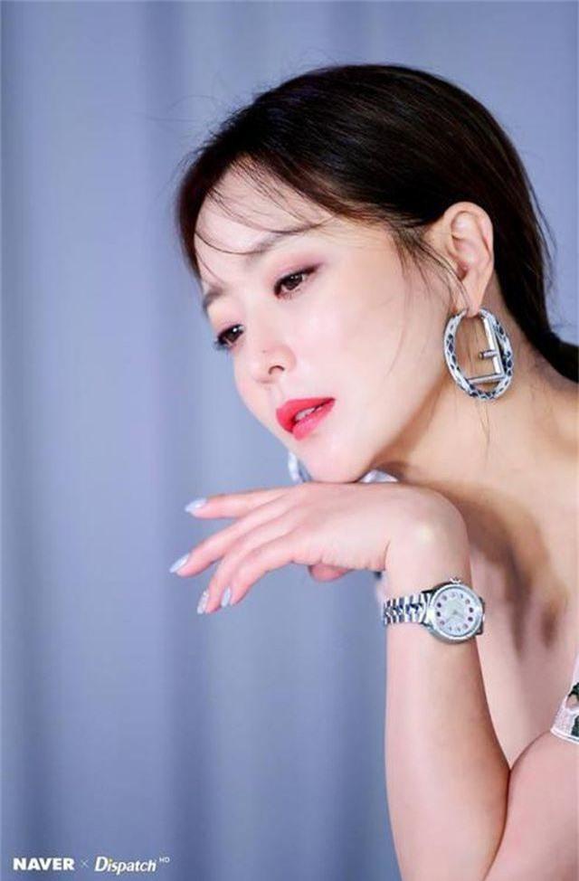 Gương mặt sưng phù của biểu tượng nhan sắc xứ Hàn Kim Hee Sun khiến fan hoang mang - 10