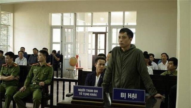 """Vụ cướp đò trên sông Ka Long: Luật sư """"tố"""" hồ sơ xét xử có vấn đề - 2"""