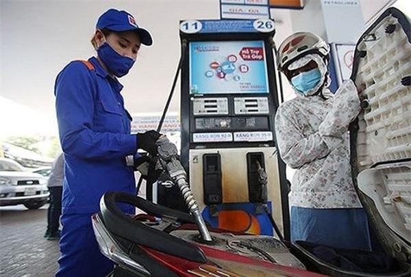 Giá xăng lại đồng loạt tăng mạnh từ 15h