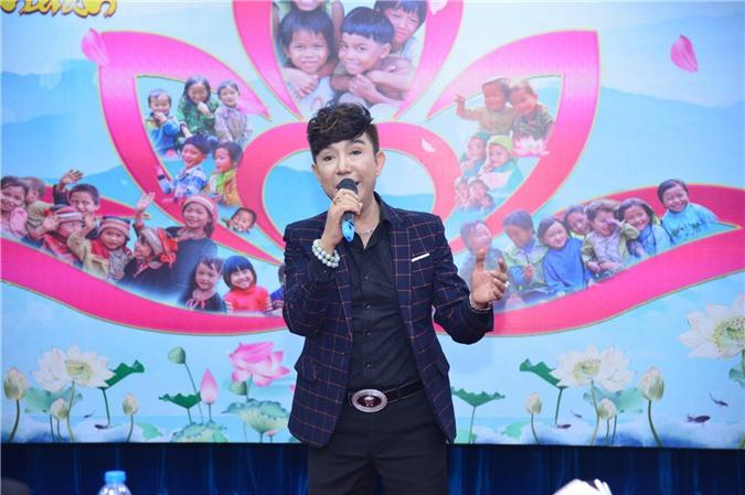 Ca sĩ Long Nhật phát biểu về chương trình ý nghĩa Chung một trái tim