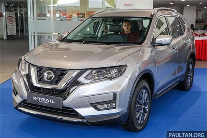 Nissan X-Trail 2019 moi gia tu 754 trieu dong tai Malaysia