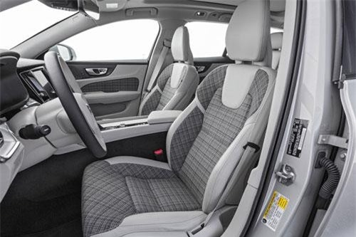 10. Volvo V60.
