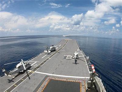 Hoành tráng tàu chiến Thái Lan bắn tên lửa trước mũi tàu sân bay