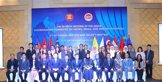 Hỗ trợ DNNVV ASEAN trong thời đại Cách mạng công nghiệp 4.0