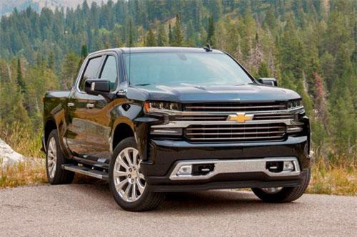 1. Chevrolet Colorado 2019 (giá khởi điểm: 21.300 USD).