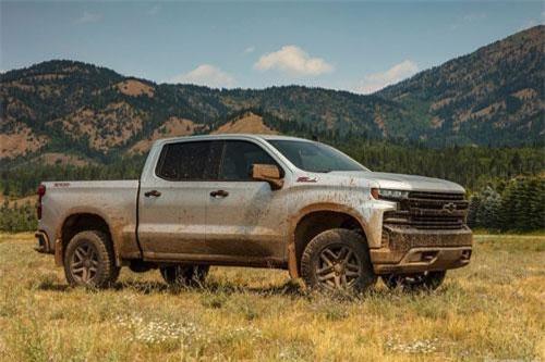 8. Chevrolet Silverado 2019 (giá khởi điểm: 28.300 USD).