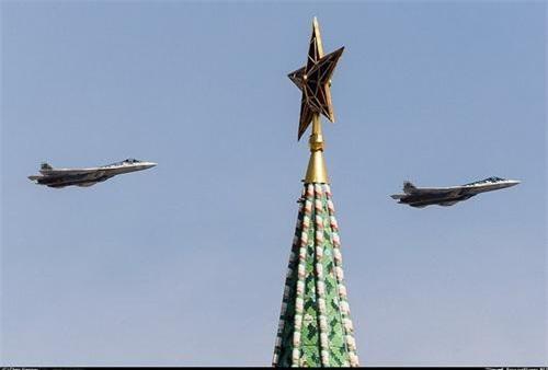 Tiêm kích tàng hình Su-57 sẽ vắng mặt trong lễ duyệt binh năm nay