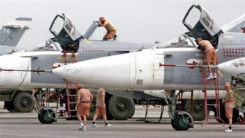 Căn cứ không quân Hmeimim của Nga không phải hứng chịu thiệt hại sau những vụ tập kích của phiến quân