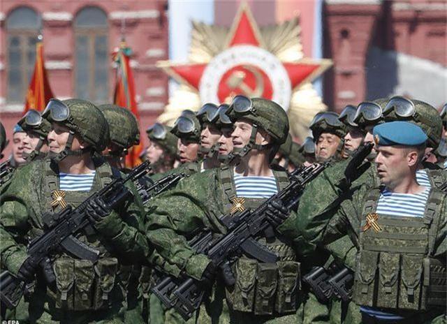 Dàn vũ khí uy lực của Nga luyện tập trước lễ duyệt binh Ngày Chiến thắng - 1