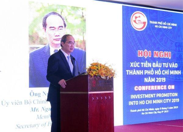Bí thư Thành ủy TP.HCM Nguyễn Thiện Nhân phát biểu với doanh nghiệp tại hội nghị xúc tiến đầu tư vào TPHCM (ảnh LK)