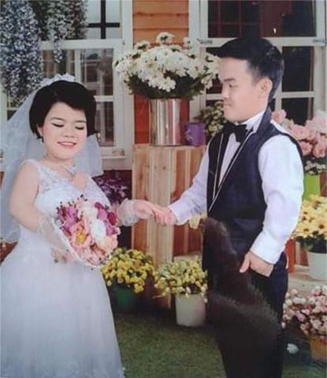 Cận cảnh cuộc sống của đôi vợ chồng tí hon, chỉ cao 1m giữa Hà Nội - 6