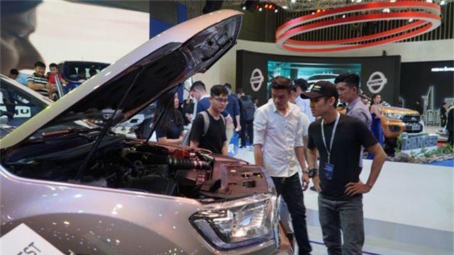 Xe giảm giá khủng 123 triệu đồng, mùa mua sắm xe hơi sắp tăng nhiệt - 1