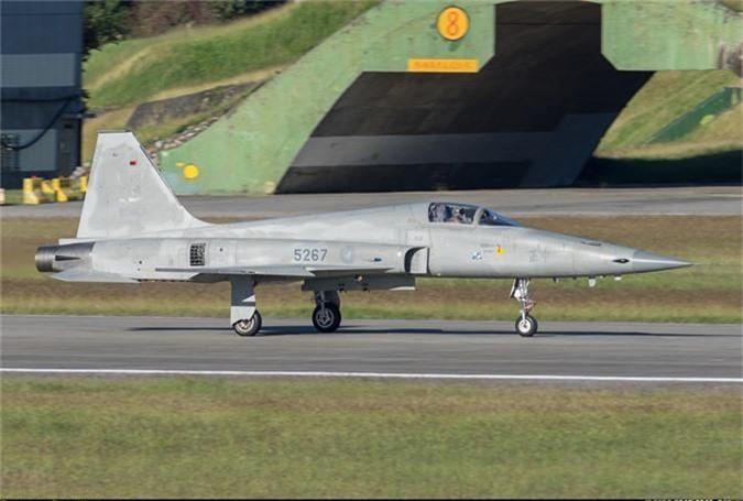 """My tai san xuat linh kien F-5: Co hoi co """"1-0-2"""" cho VN-Hinh-4"""