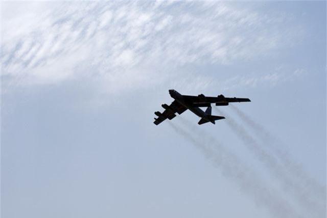 Vùng Vịnh căng thẳng, pháo đài bay B-52 của Mỹ áp sát Iran - 3