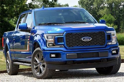Ford F-Series (doanh số: 70.006 chiếc).