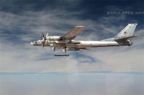 Tại Syria, Tu-95 từng bắn thử nghiệm thành công các loại tên lửa hành trình trên và được đánh giá là quá tuyệt vời, không thể chê vào đâu được.