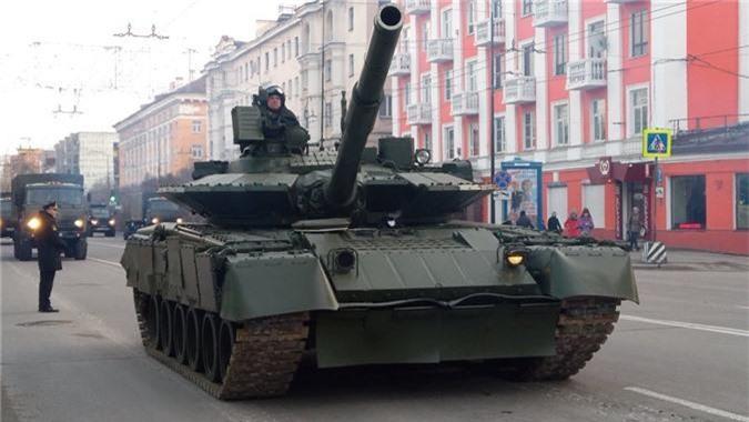 Hai quan Danh bo duoc trang bi T-80BVM, Luc quan Nga phat them