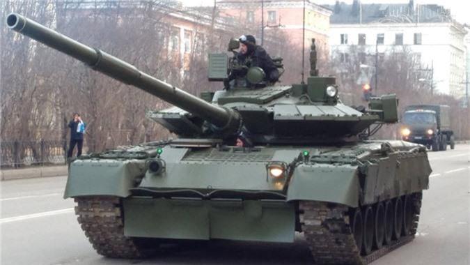 Hai quan Danh bo duoc trang bi T-80BVM, Luc quan Nga phat them-Hinh-4