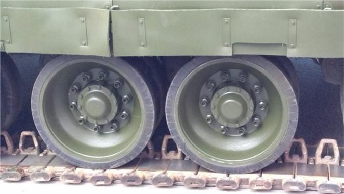 Hai quan Danh bo duoc trang bi T-80BVM, Luc quan Nga phat them-Hinh-7