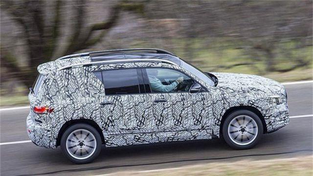 Mercedes-Benz chuẩn bị trình làng mẫu SUV 7 chỗ GLB - 4