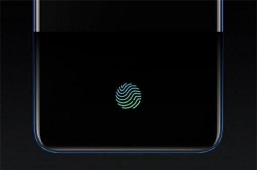 Cảm biến vân tay quang học tích hợp nơi màn hình. Cảm biến này giống như OnePlus 7 Pro nhưng kích thước lớn hơn nên độ chính xác cao hơn 7 Pro tới 44%. Ngoài ra, nó có công cụ tăng tốc DSP cho khả năng mở khóa nhanh hơn.