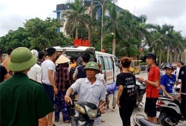 Một du khách Hà Nội chết đuối khi tắm biển Hải Tiến - 1