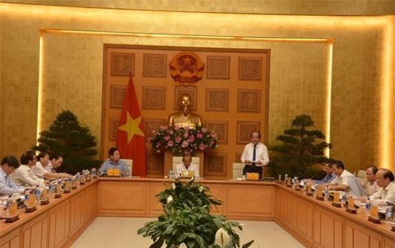 Bộ trưởng, Chủ nhiệm Văn phòng Chính phủ Mai Tiến Dũng phát biểu tại hội nghị.