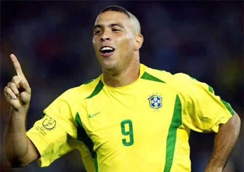 4. Ronaldo (Brazil).